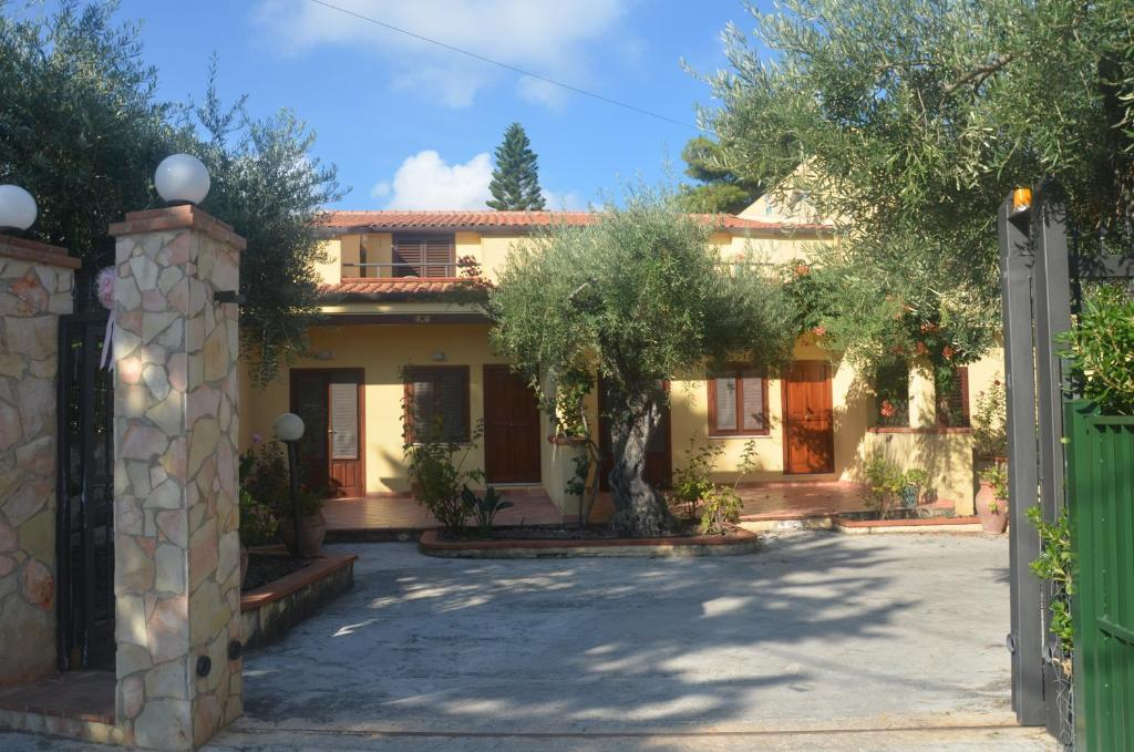Gatto Holiday Home (Italia Cefalú) - Booking.com