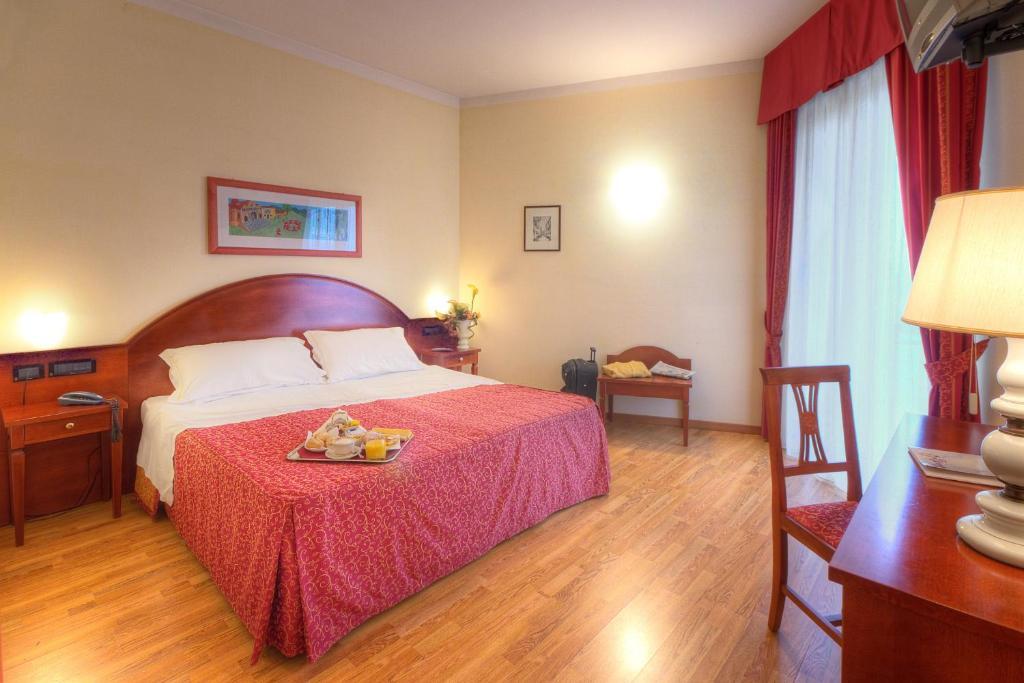 Recina hotel r servation gratuite sur viamichelin for Reservation gratuite hotel