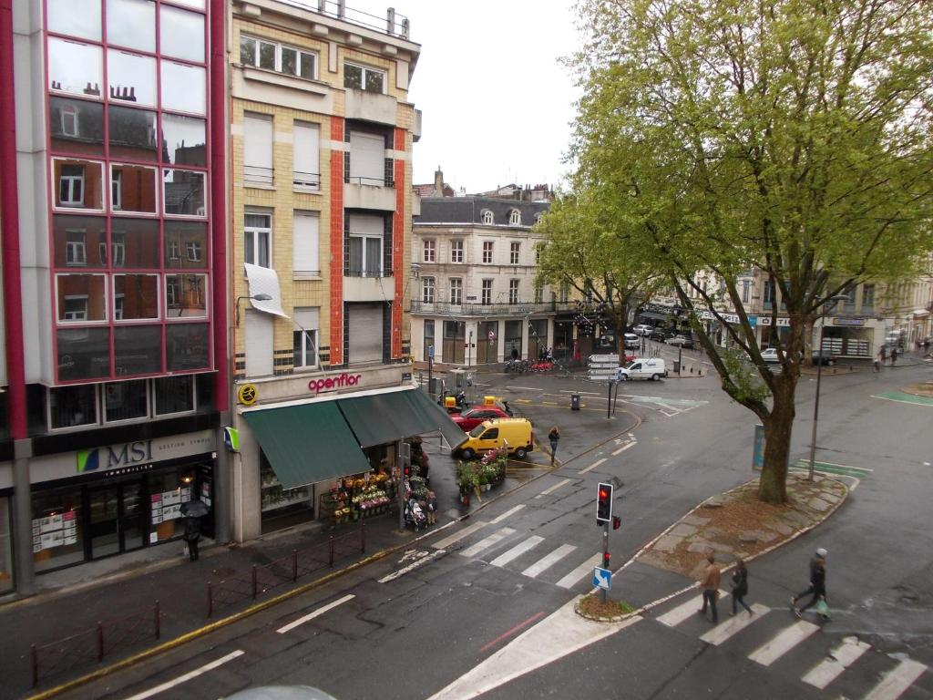 Nationale appart hotel lille book your hotel with for Appart hotel lille