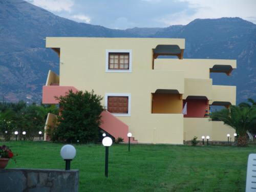 Terpsichore Apartments, Apartment, Filiatra,Kyparissia, 25400, Greece