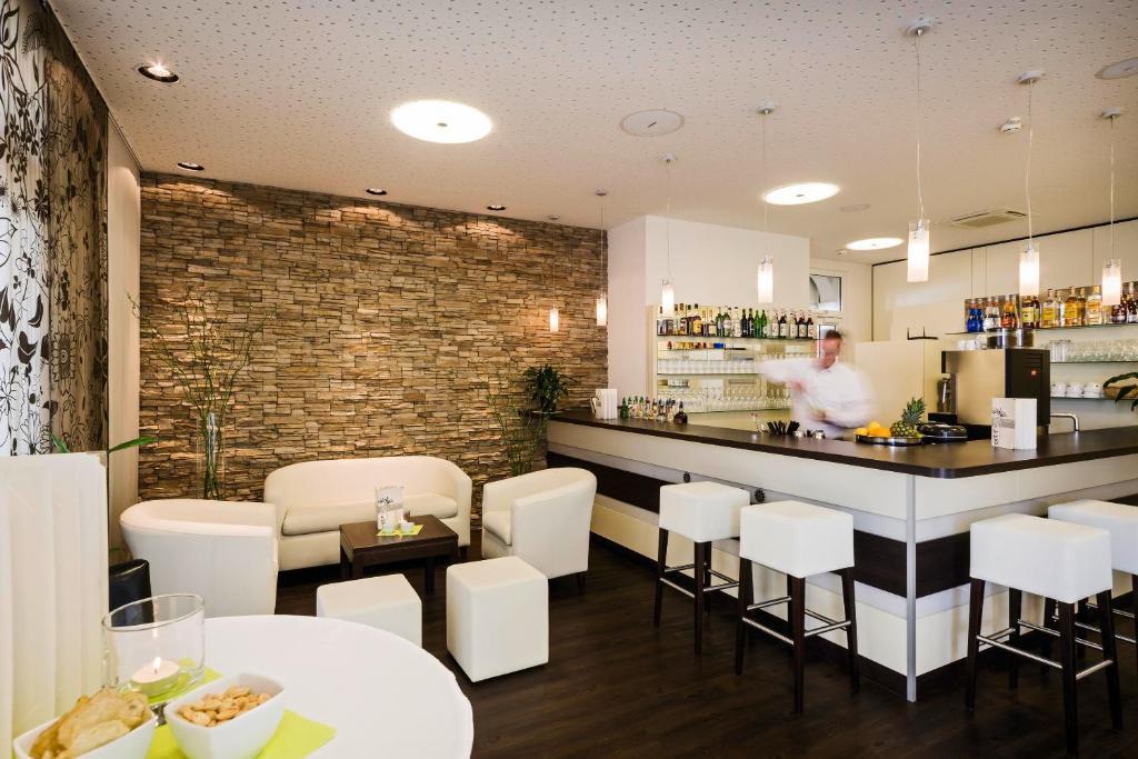 Flair hotel zum schiff konstanz viamichelin for Canape konstanz