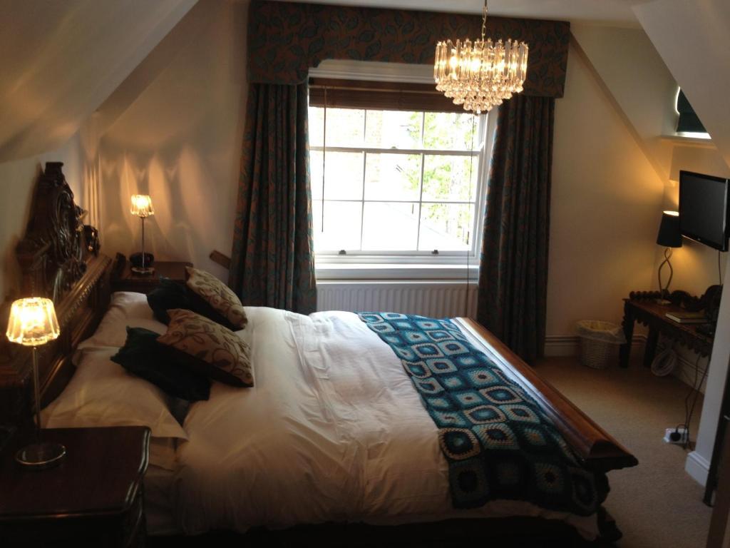 Sy Dz Hotel Room