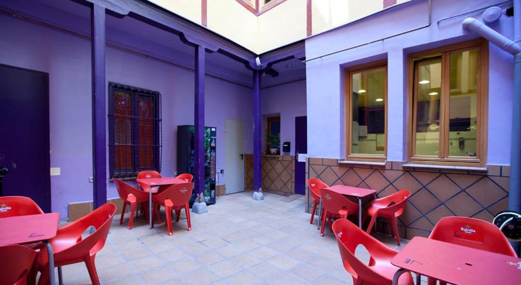 La posada de huertas madrid book your hotel with for Posada puerta del sol