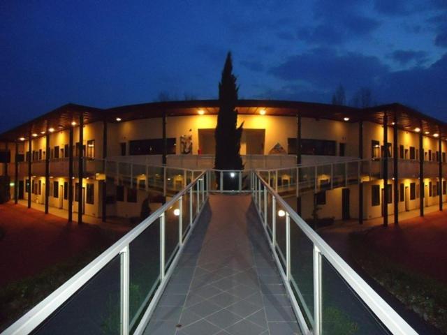Ghironda resort zola predosa informationen und for Hotel bologna borgo panigale