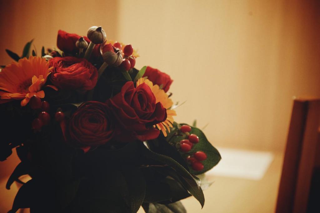 la roseraie hotel restaurant fontenay aux roses. Black Bedroom Furniture Sets. Home Design Ideas