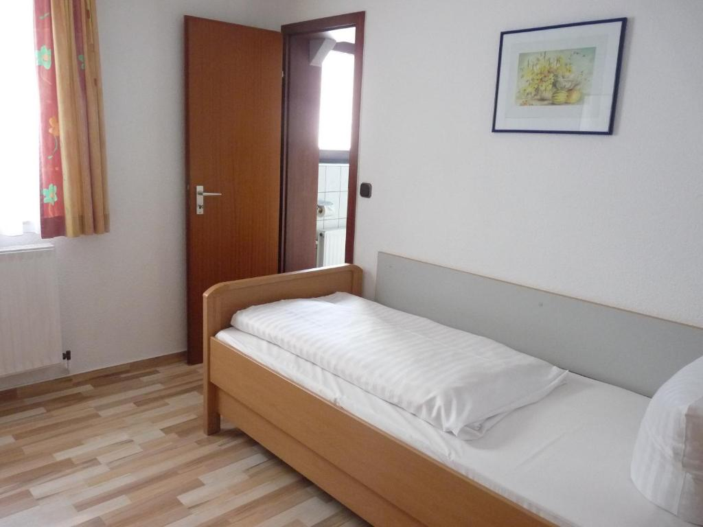 Hotel zur Krone - Hameln - Informationen und Buchungen ...