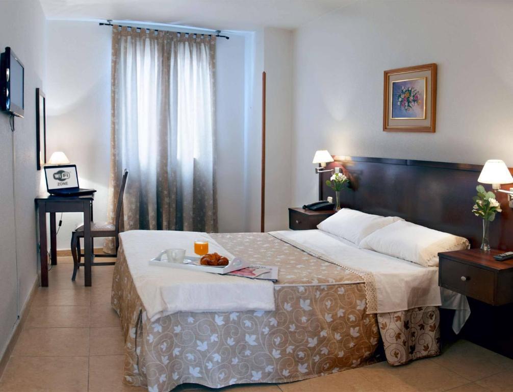 Hotel Praderón España San Sebastián De Los Reyes Bookingcom