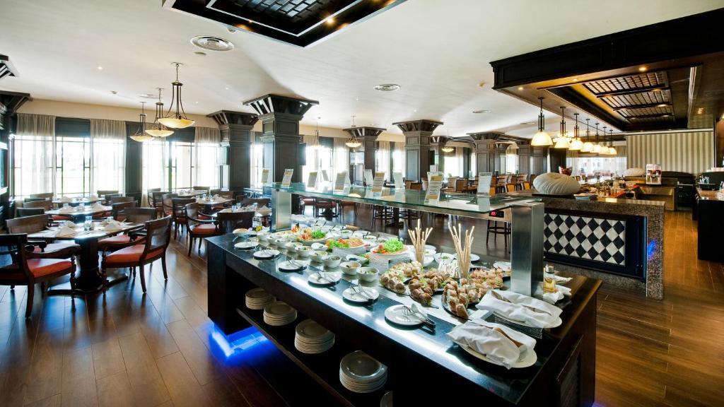 Un restaurant u otro lugar para comer en Barceló Bávaro Palace All Inclusive