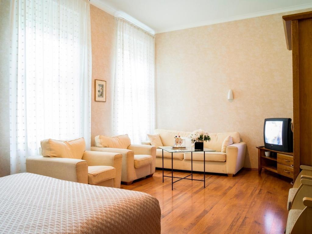 Elizabete design hotel riga book your hotel with for Riga design hotel