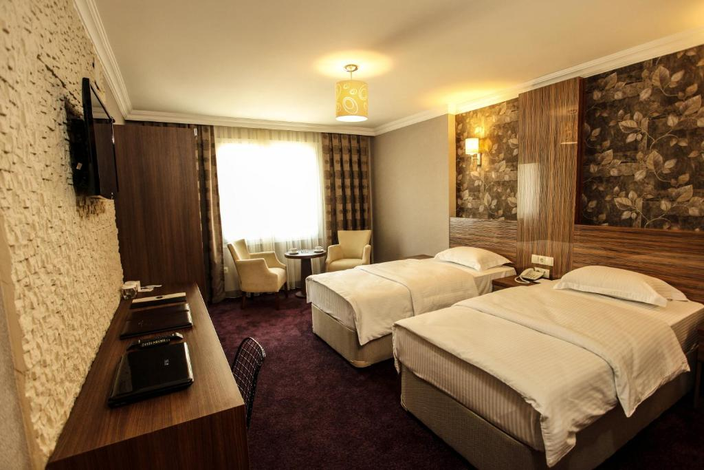 Grand ak al otel skenderun book your hotel with for Grand pamir hotel
