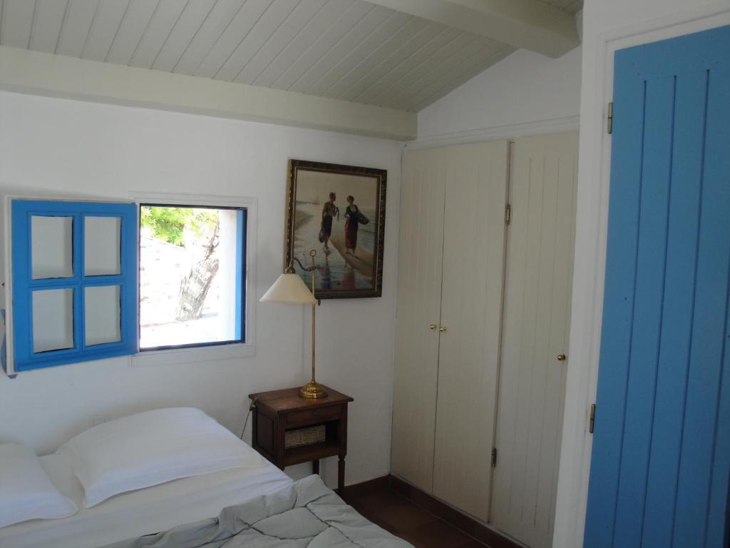 chambres d 39 h tes le buzet bleu bed breakfast chambres d 39 h tes noirmoutier en l 39 ile en. Black Bedroom Furniture Sets. Home Design Ideas