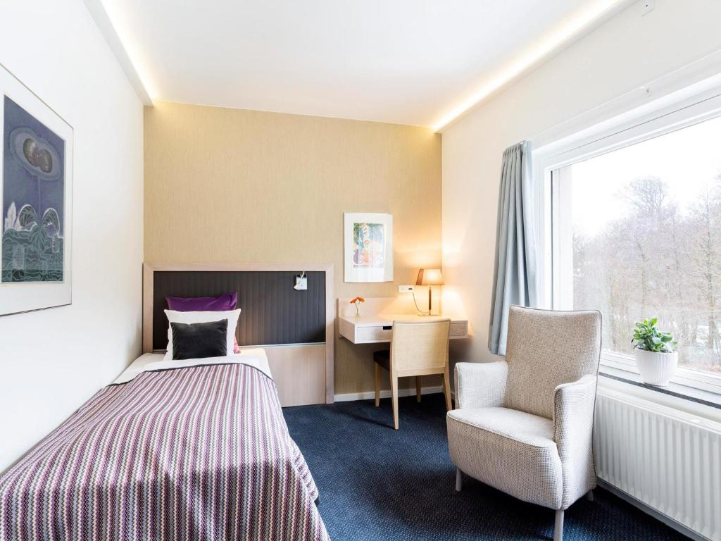 Frederiksdal Sinatur Hotel & Konference - Lyngby - book your hotel with ViaMichelin