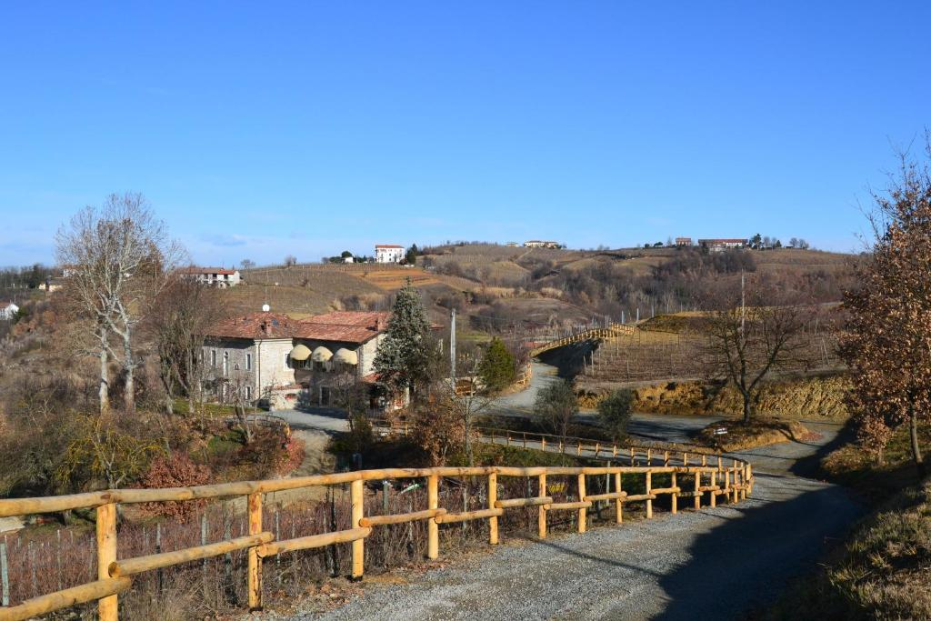 acqui terme milfs dating site Live in a unesco world heritage site or a house designed  strada dei botti, acqui terme  what a villa dating from the 18th century with eight .