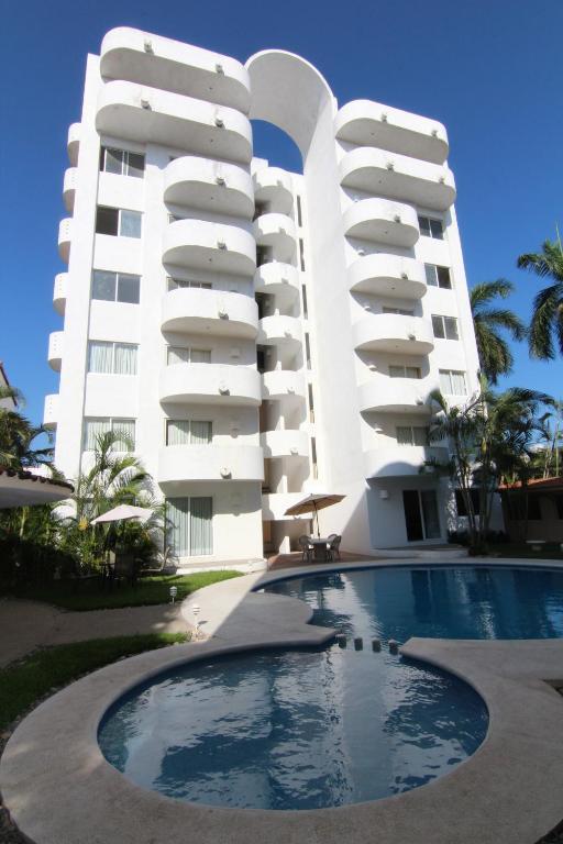 <div data-et-view=NAFQCDCcdXDPdFO:1</div Hotel Villamar Princesa Suites