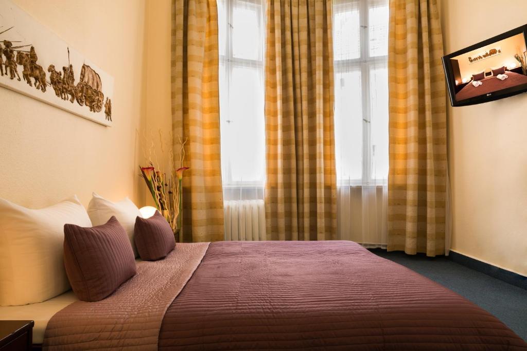Hotel Berlin Kurfurstendamm Mit Balkon