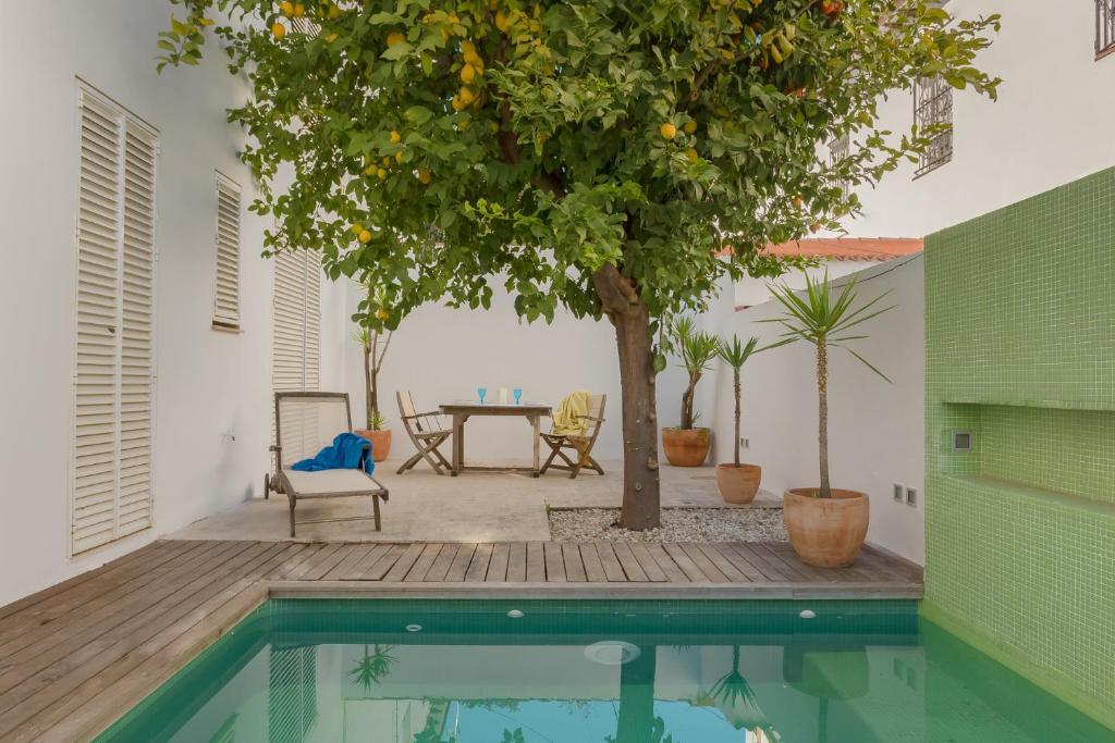 Fabulosa casa con piscina en HELIÓPOLIS-Sevilla (Espanha ...