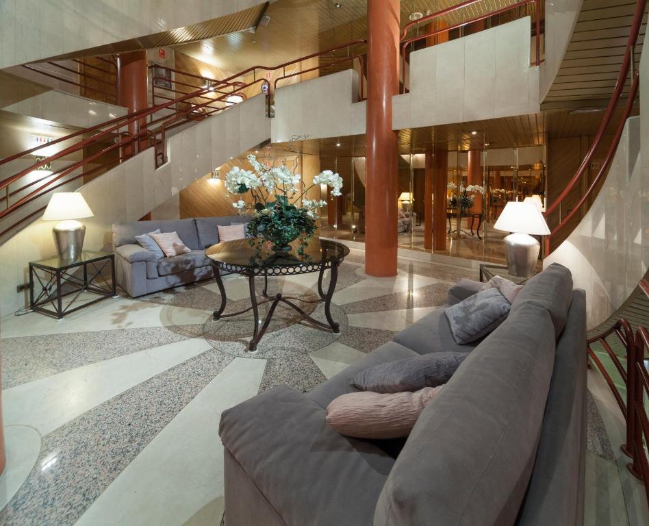 Aparto Hotel Rosales Madri Incluindo Fotos