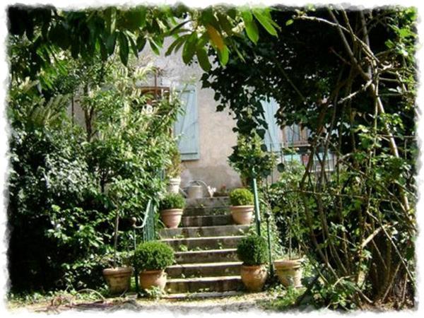 Chambres d 39 h tes maison marthe chambres d 39 h tes saint sauveur en pui - Jardin romantique anglais ...
