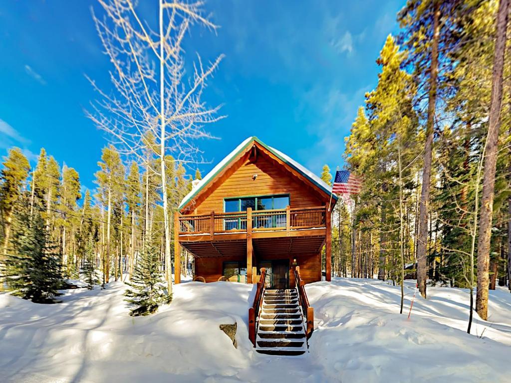 بيت عطلات Gorgeous 2Br+Loft Cabin W/ Mountain-View Hot Tub