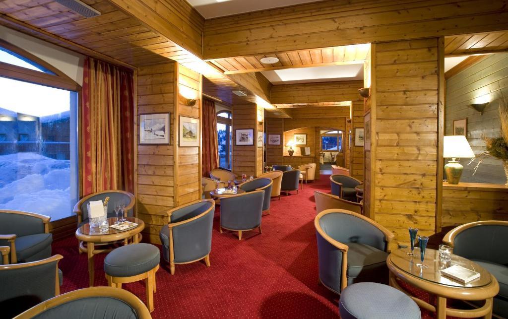 Comparateur hotel le calgary les saisies r servation for Reservation hotel comparateur