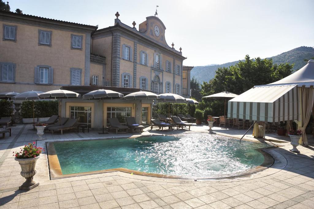 Bagni di pisa the leading hotels of the world san giuliano terme prenotazione on line - Piscina san giuliano terme ...