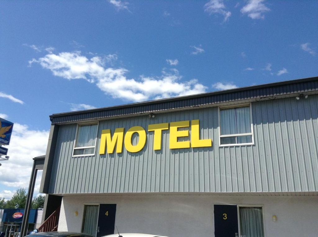 Motel rayalco cap sant prenotazione on line viamichelin for Motel one wellness