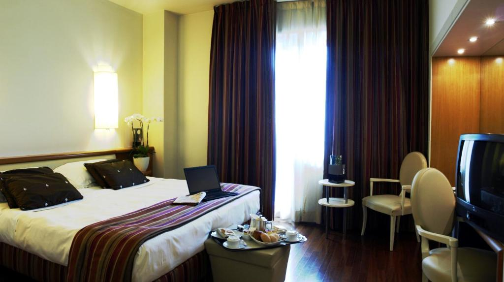 Hotel londra firenze firenze prenotazione on line for Hotel per londra