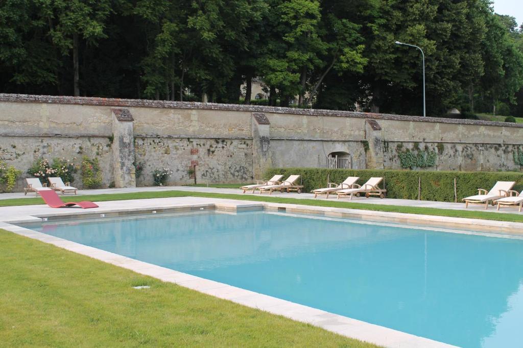 Chateau de perreux nazelles n gron informationen und for Interieursuisse stellen