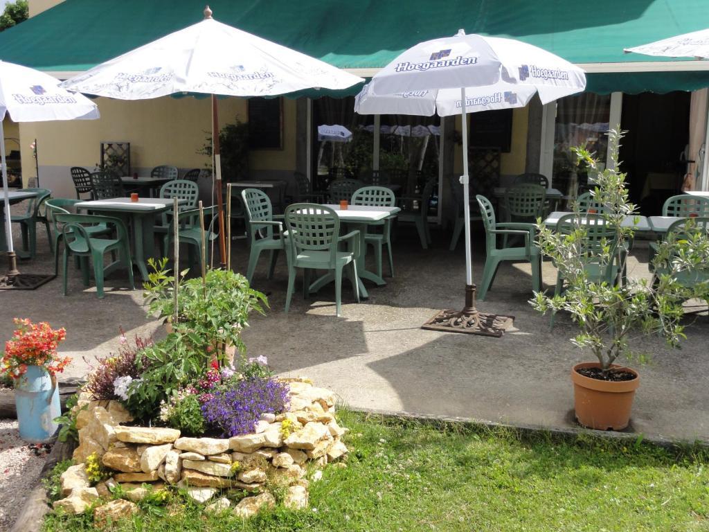 Cafe Hotel Restaurant De La Gare  Ef Bf Bd Champagnole