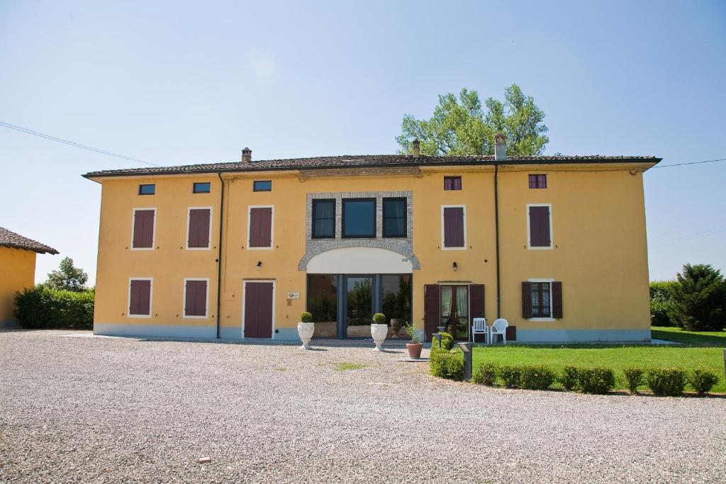 Hotel Villa Ducale Parma Via Moletolo