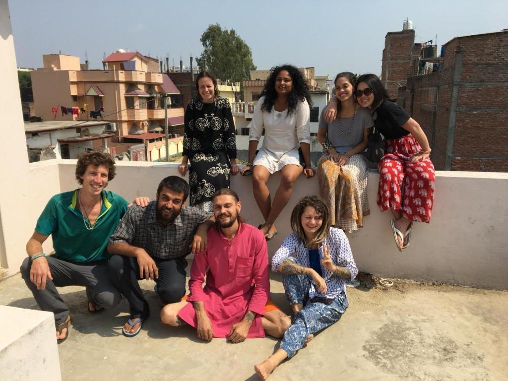 Una familia en Owl Sabha