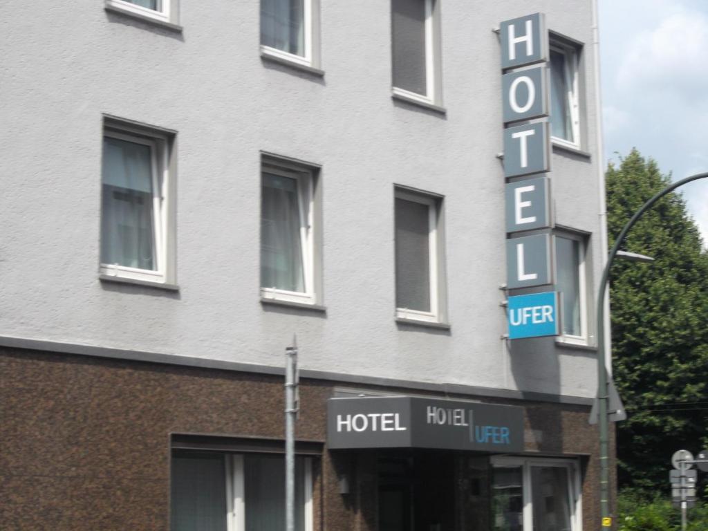 art hotel ufer d sseldorf informationen und buchungen online viamichelin. Black Bedroom Furniture Sets. Home Design Ideas