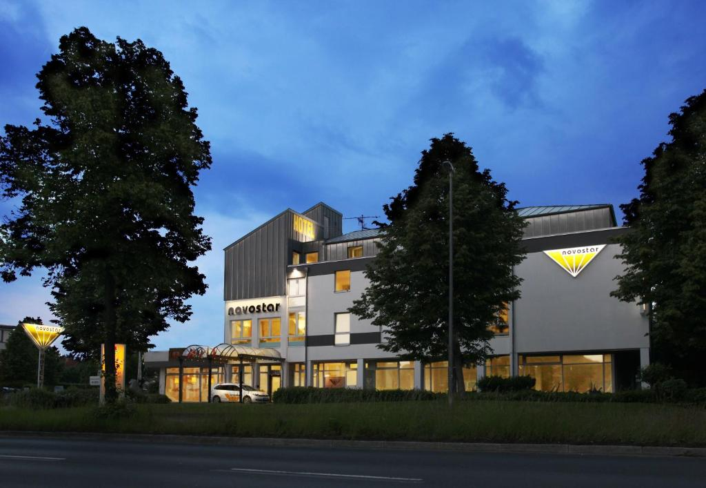 Hotel novostar g ttingen book your hotel with viamichelin for Hotel a7 gottingen
