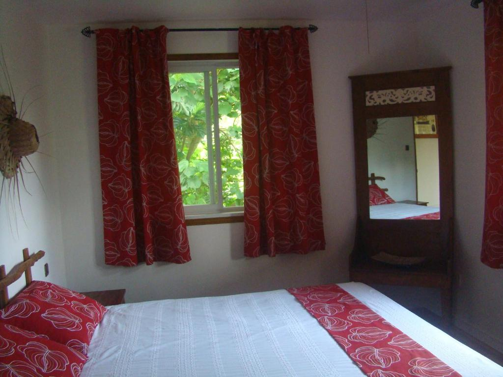 Les cottages de bellevue ecolodge port vila for Piani eco cottage