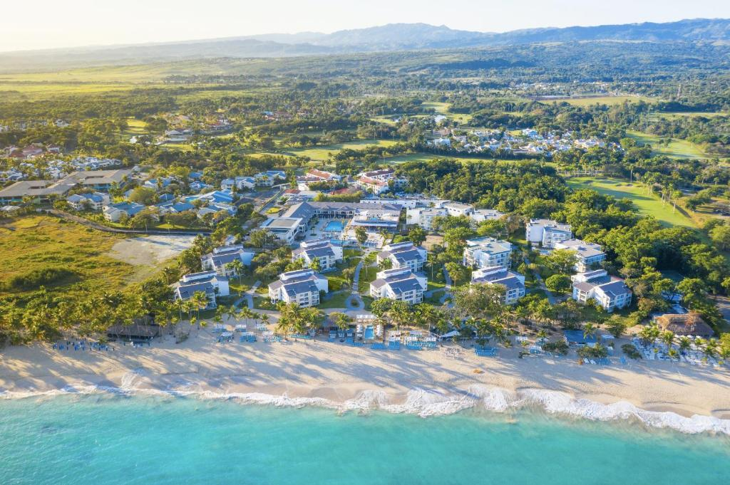 Una vista aérea de Emotions by Hodelpa - Playa Dorada