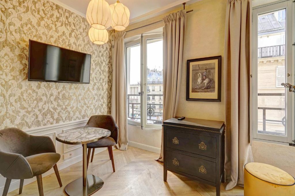 אזור ישיבה ב-Apartments Du Louvre