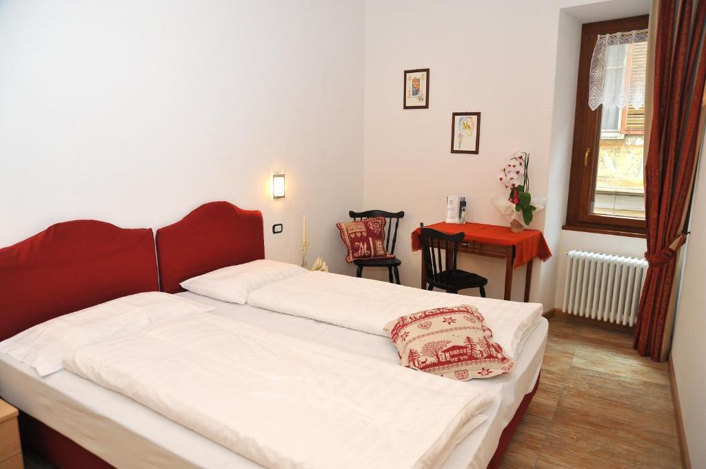 Albergo stelvio bormio online booking viamichelin for Hotel meuble sertorelli reit bormio