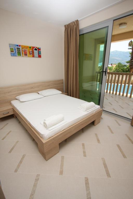 The old town terrace apartments budva book your hotel for The terrace book