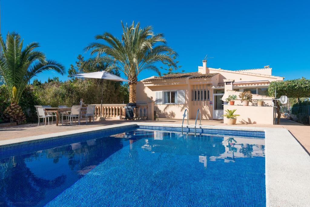 Villa Can Moragues & Martorell (España Badia Blava ...
