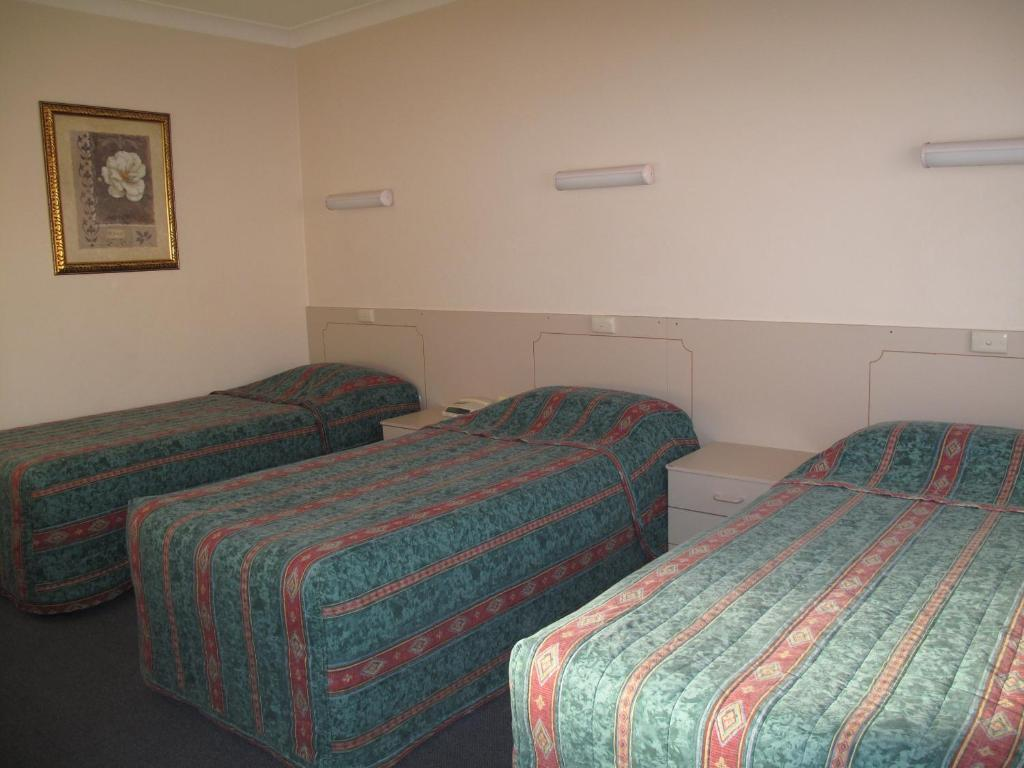 Acacia Motor Inn Acacia Motel Griffith Book Your Hotel With Viamichelin