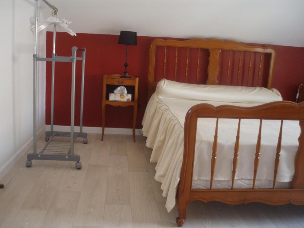 chambre d 39 h te de la belle jardini re chagny book your. Black Bedroom Furniture Sets. Home Design Ideas