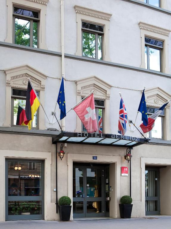 Berlioz nn lyon lyons online booking viamichelin for Hotels 69002 lyon