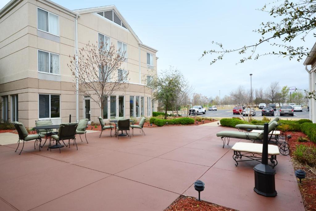 Hilton Garden Inn Tulsa Airport Tulsa Informationen Und Buchungen Online Viamichelin