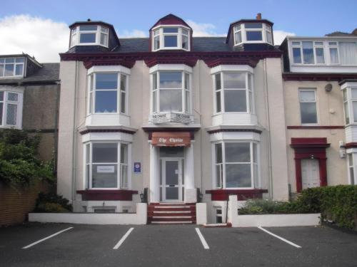 Chaise guest house sunderland online booking viamichelin for 191 st georges terrace