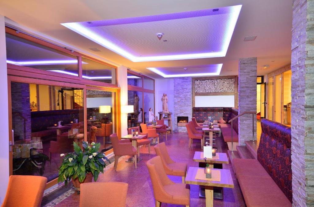 romantik hotel b ld oberammergau informationen und buchungen online viamichelin. Black Bedroom Furniture Sets. Home Design Ideas
