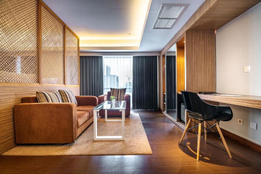 Crown Prince Hotel