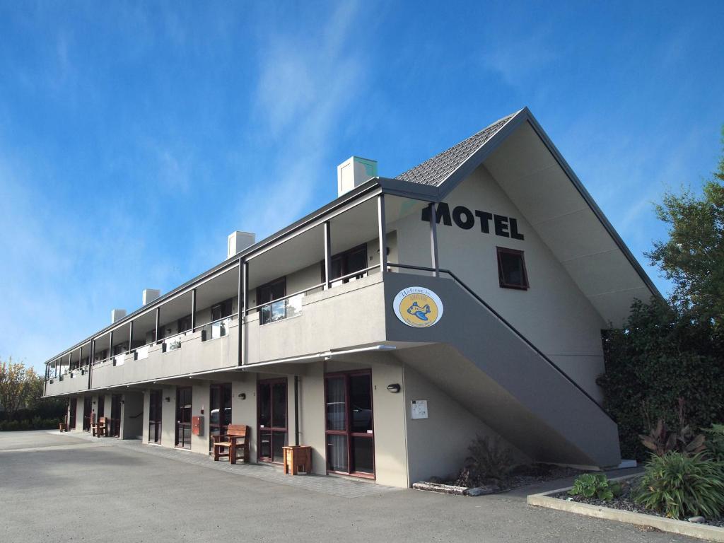 Airways motel christchurch informationen und buchungen for Motel one wellness