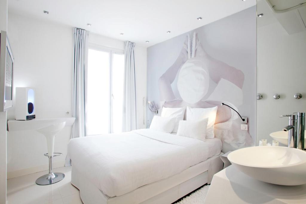 Blc design hotel r servation gratuite sur viamichelin for Blc design hotel paris