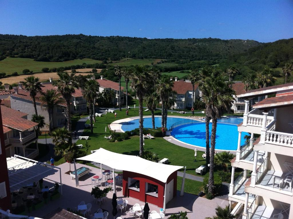 Aparthotel hg jardin de menorca alaior book your hotel for Hg jardin de menorca