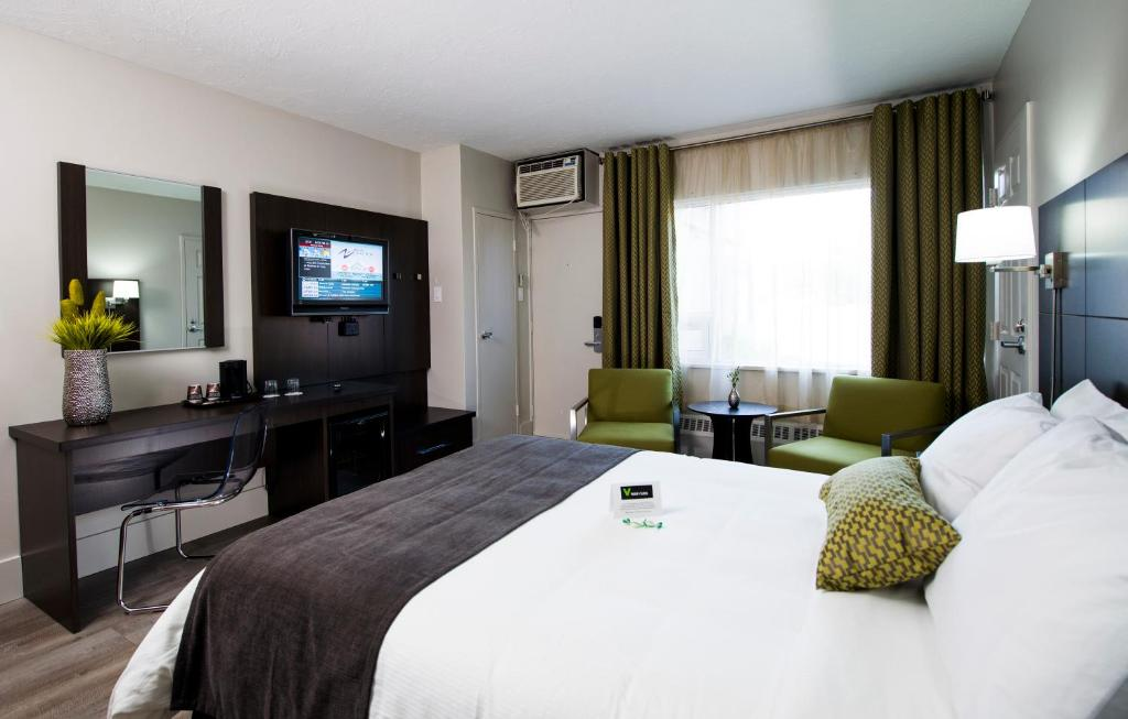 Moncton Hotels With Hot Tub In Room